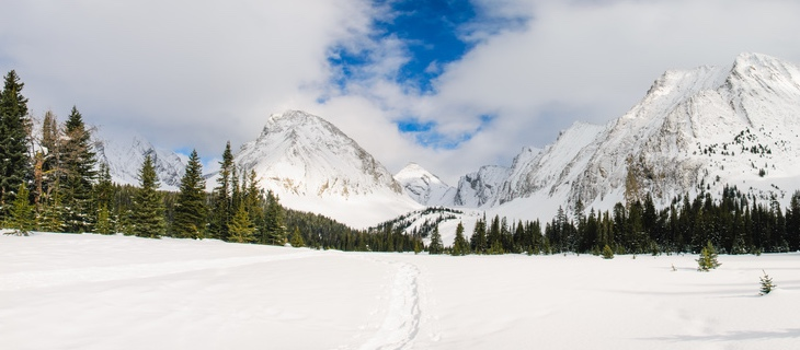 Winter in the mountains, Kananaskis Country